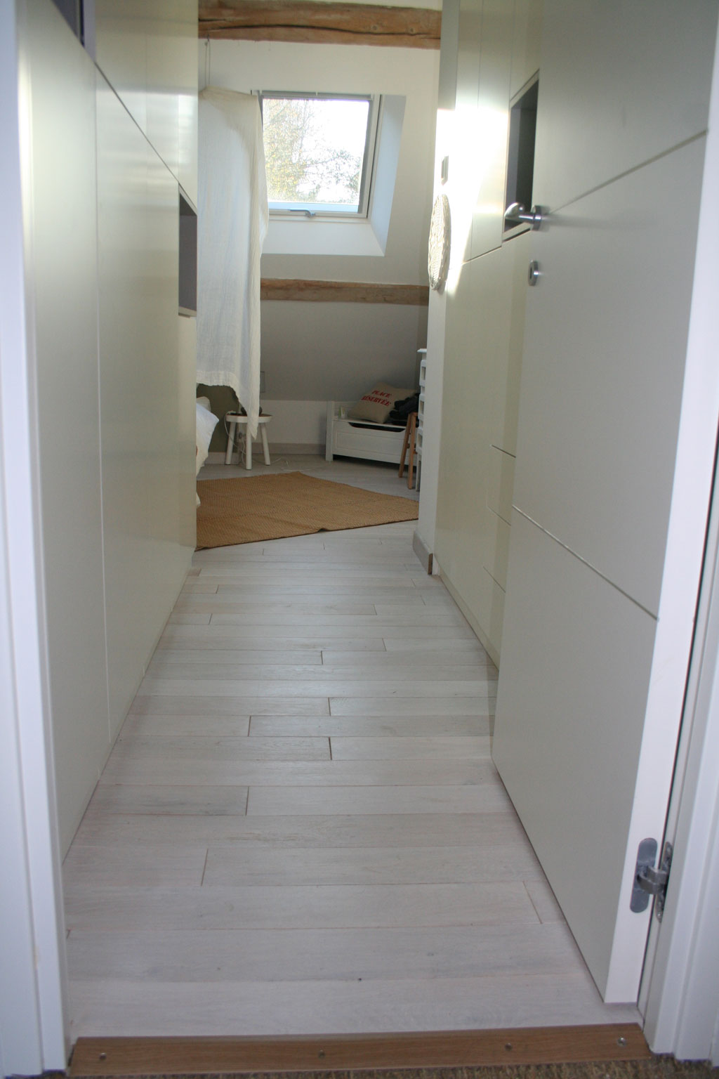 news ch ne d cors. Black Bedroom Furniture Sets. Home Design Ideas