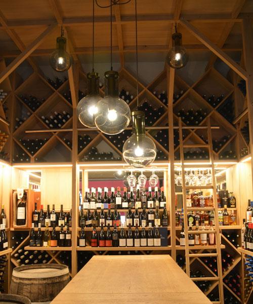 agencement cave a vin amenagement cave a vin maison comment creuser une cave vin awesome. Black Bedroom Furniture Sets. Home Design Ideas